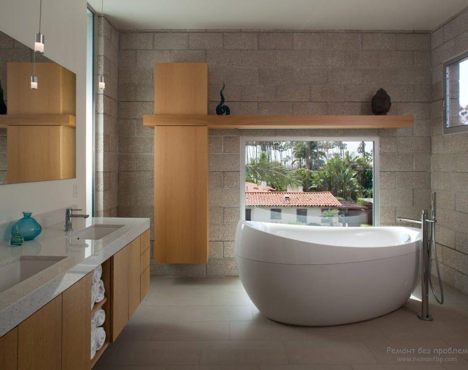 камень и светлое дерево в качестве отделки красивого интерьера ванной комнаты