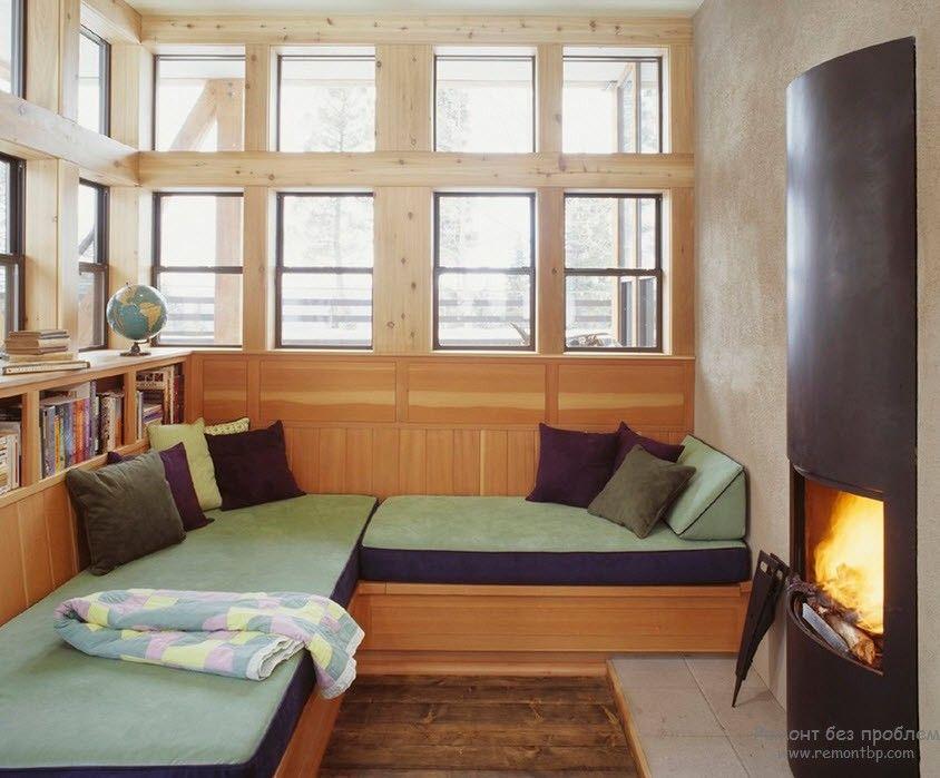 Уютное читальное место у камина