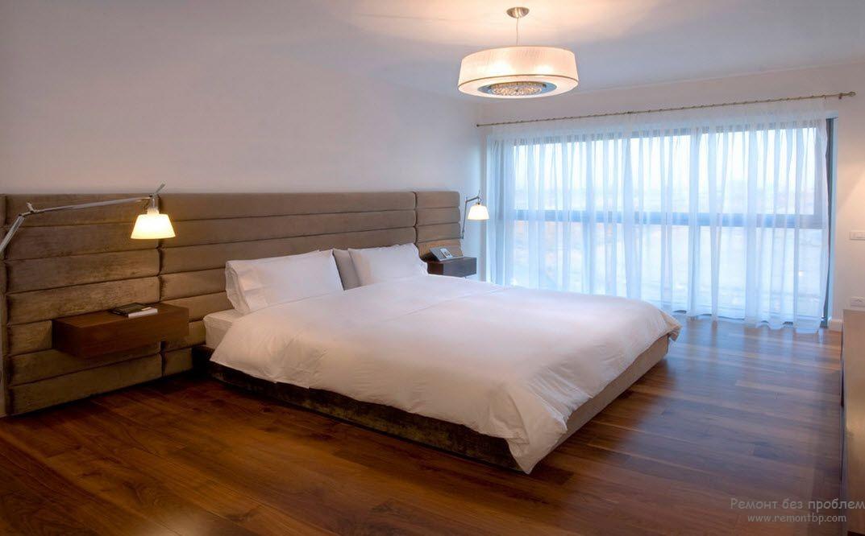 Удобные настенные торшеры для спальни