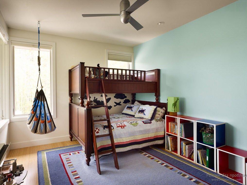 Кромать-чердак в интерьере детской комнаты