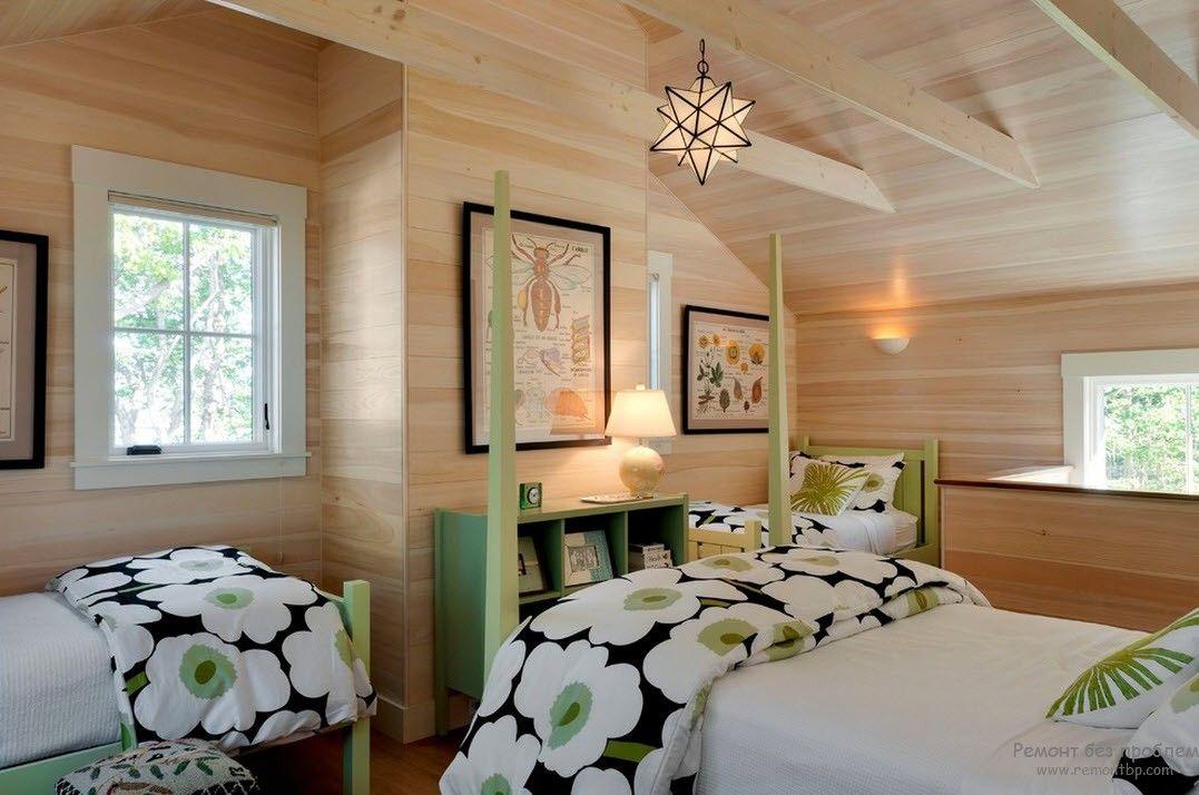 Интерьер спальни в пастельных тонах в сочетании с белым