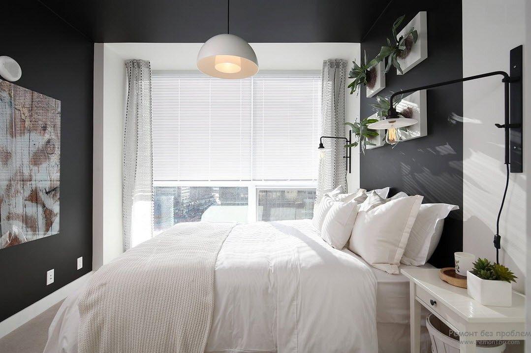 Немного растений в спальне