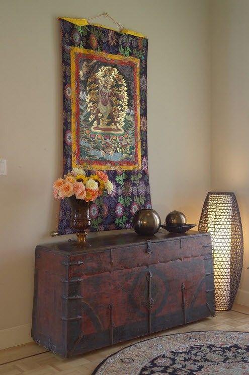 Оригинальный напольный светильник в красивом интерьере