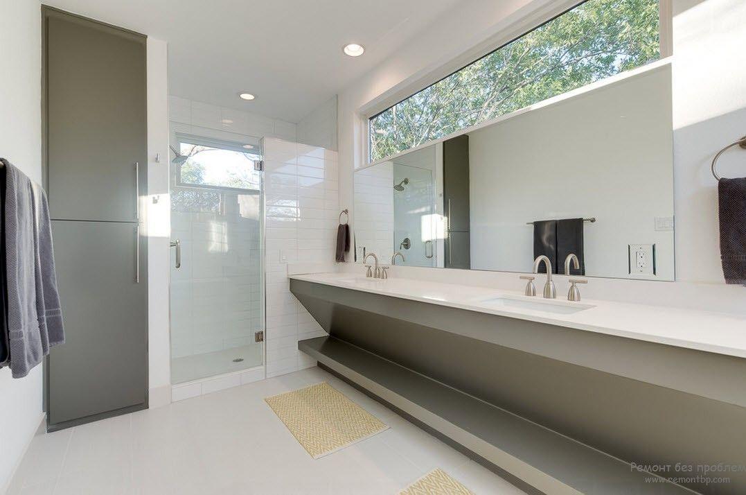 Серо-белый интерьер ванной комнаты в стиле минимализм