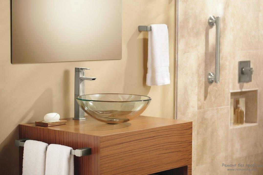 Необычная раковина в современной ванной комнате