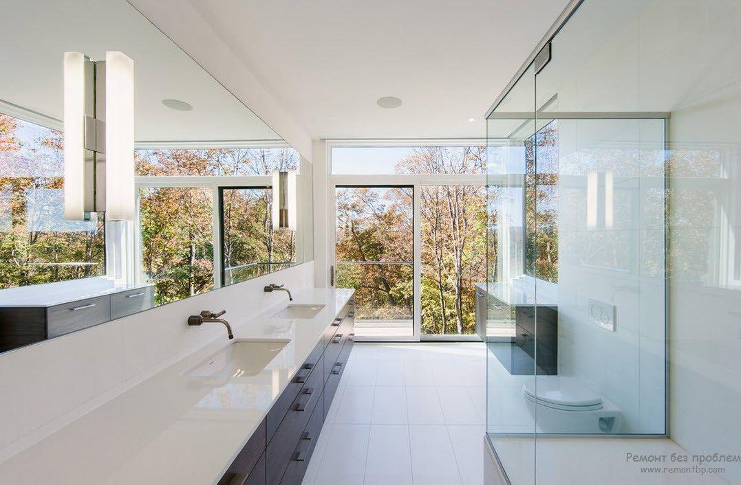 Эффектная просторная ванная комната в стиле минимализм