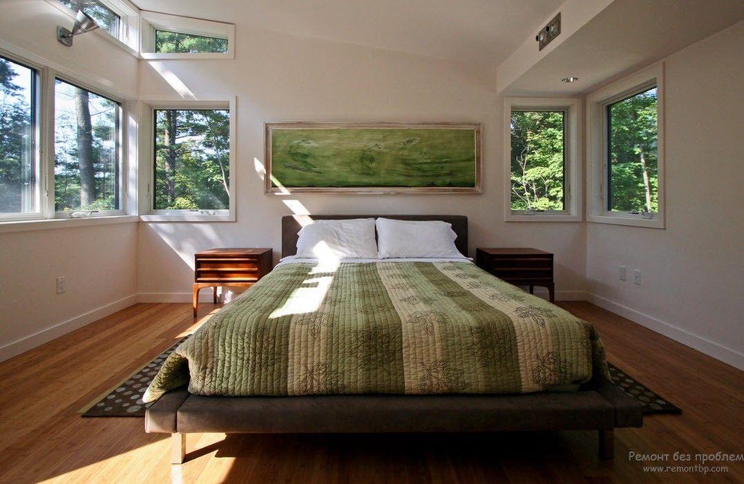 Элегантная спальня с использованием спокойных зеленых оттенков