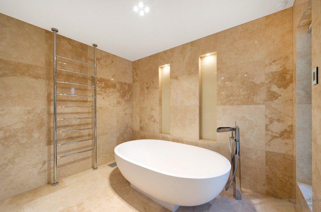 Необычная овальная ванна - центр ванной комнаты в стиле минимализм