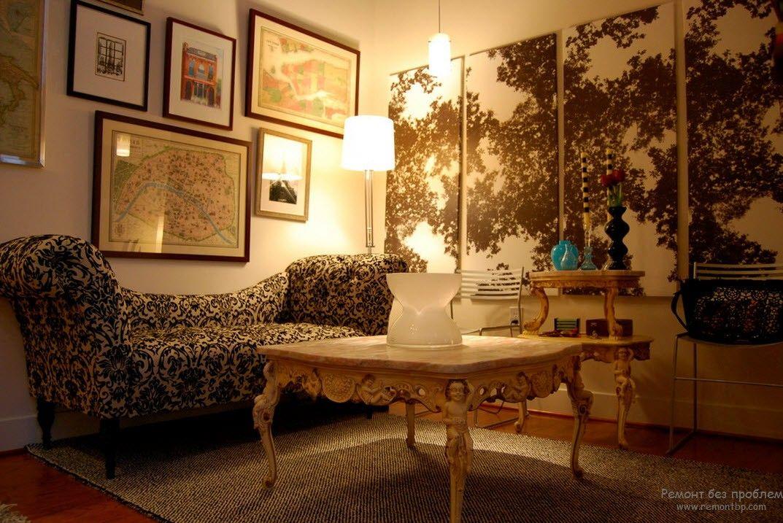 Панно и картины в гостиной