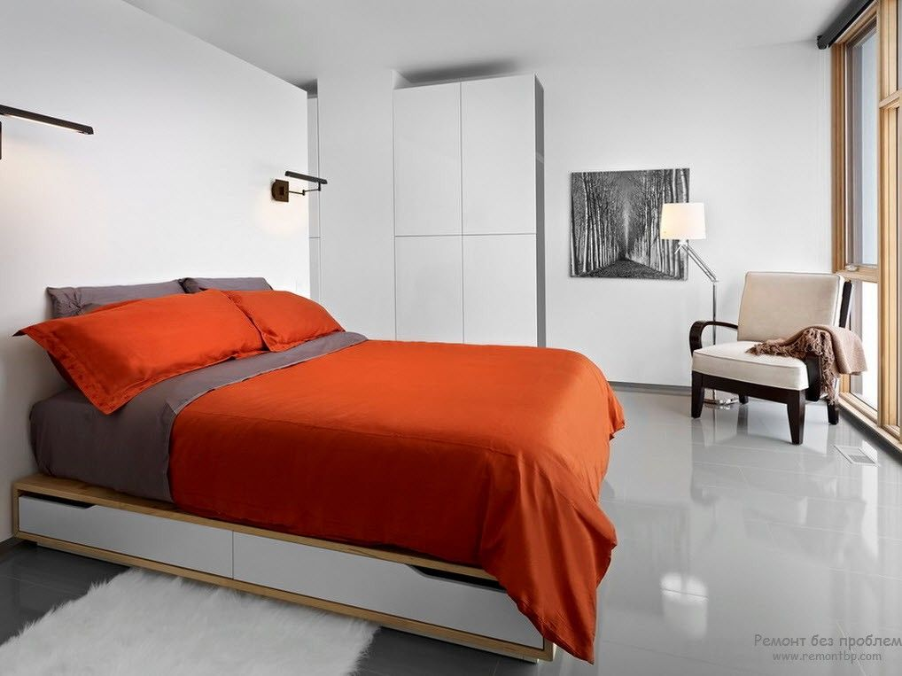 Интересная спальная комната