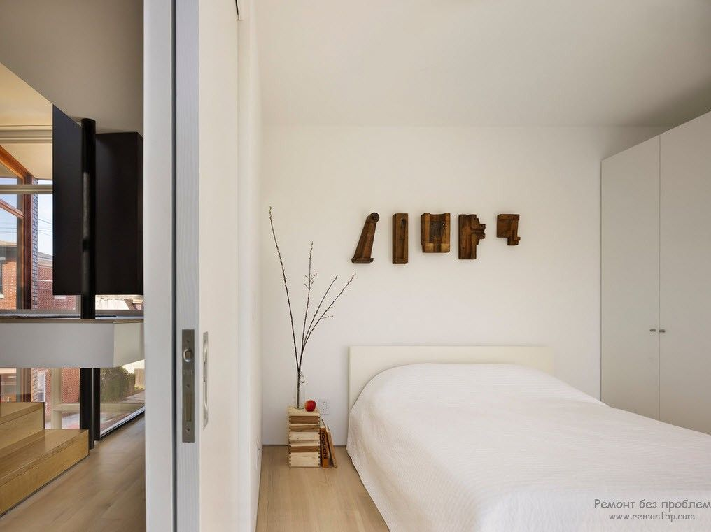 Оригинальные аксессуары из дерева, подвешенные на стене и декоративная веточка