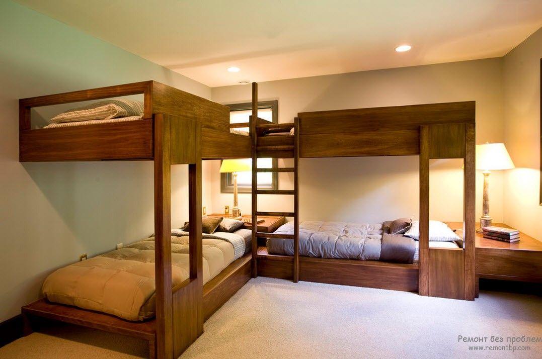 Угловой вариант расположения кроватей в детской комнате
