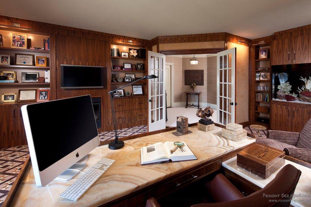 Строгость домашнего кабинета