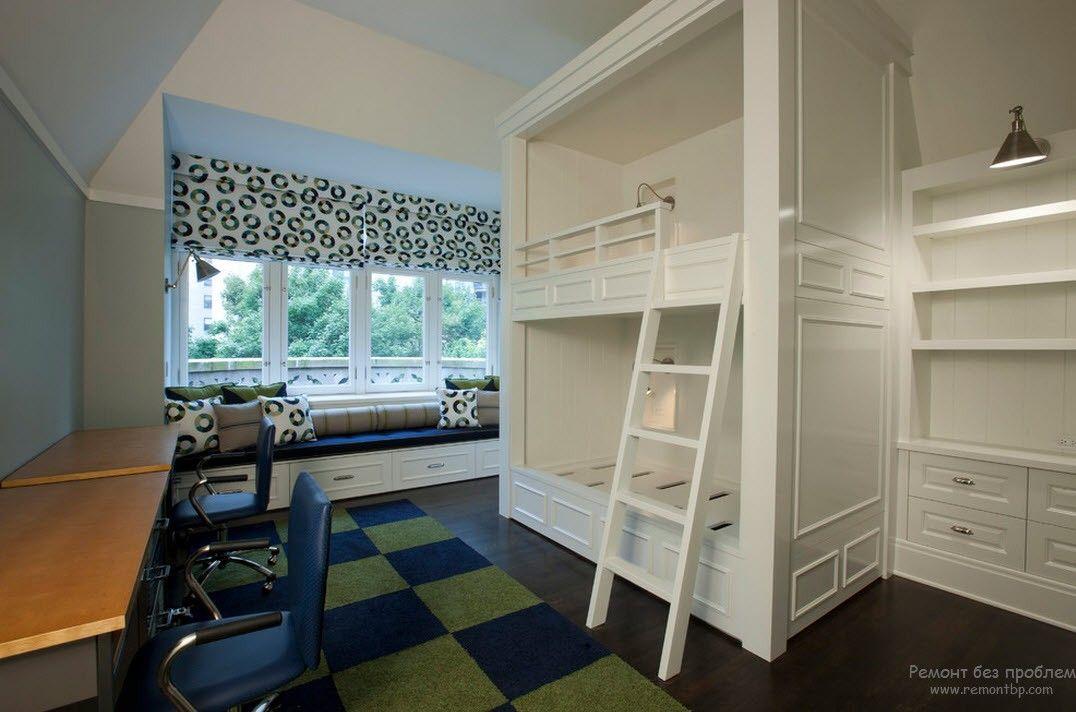 Двухъэтажная ккровать-подиум