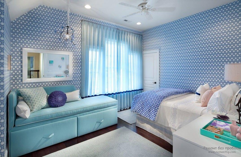 Бирюзовые тона в интерьере спальни