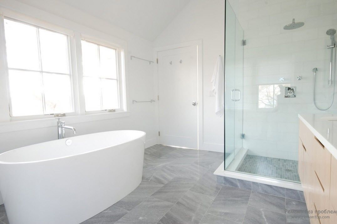 Три цвета в интерьере ванной комнаты в стиле минимализм