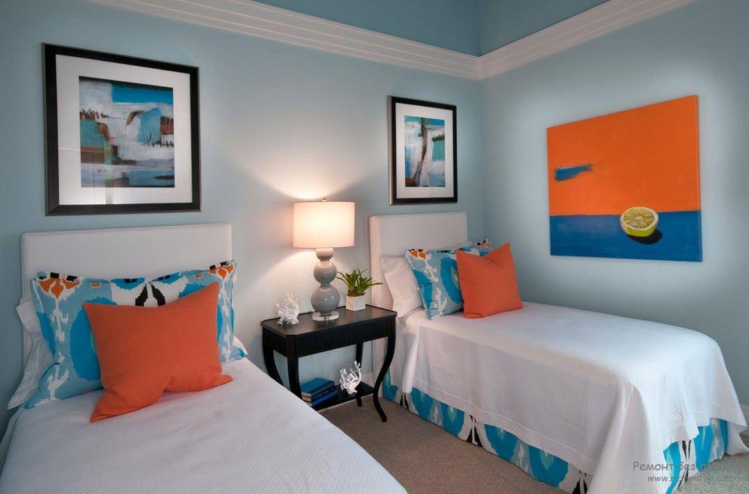 Красивый интерьер с параллельным размещением кроватей для детей