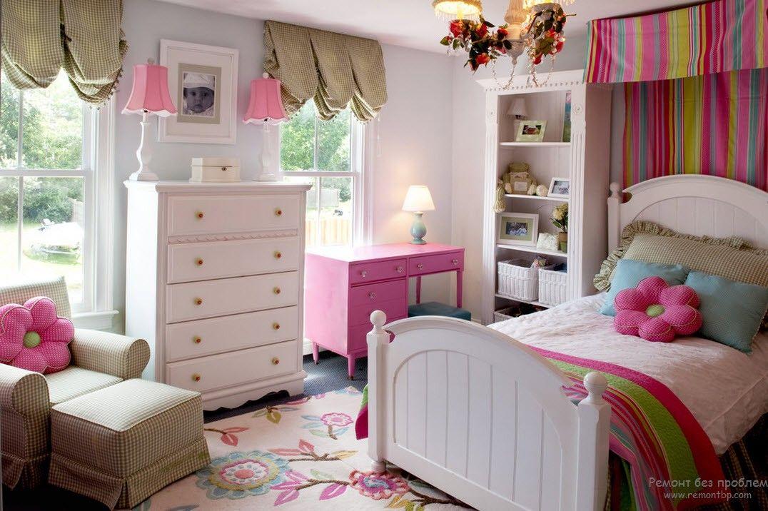Набор мебели для ребенка до 6 лет