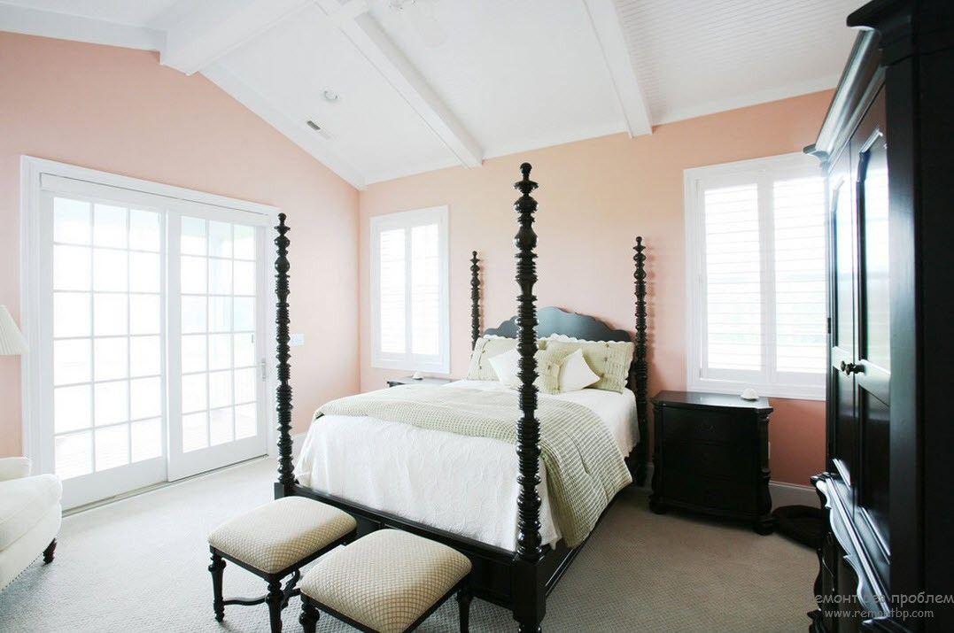 Экстравагантный интерьер с персиковым цветом