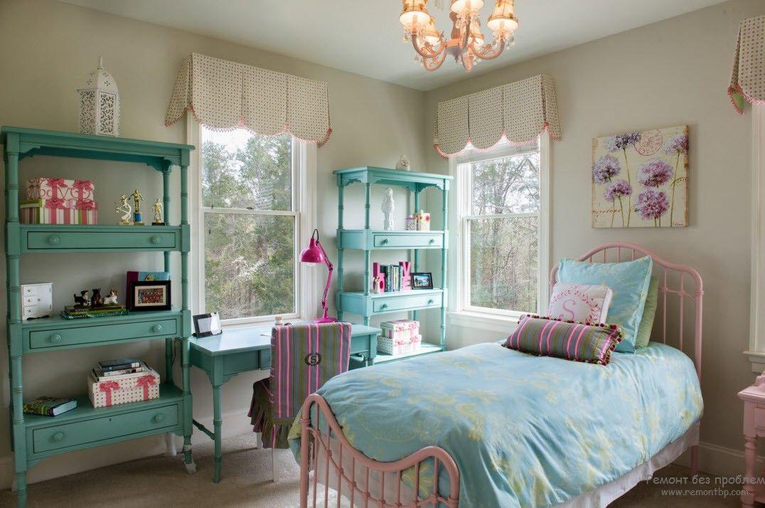 Мебель в интерьере детской комнаты ребенка до 6 лет