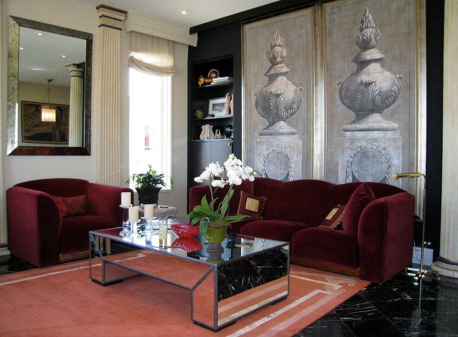 Бордовый диван в интерьере фото