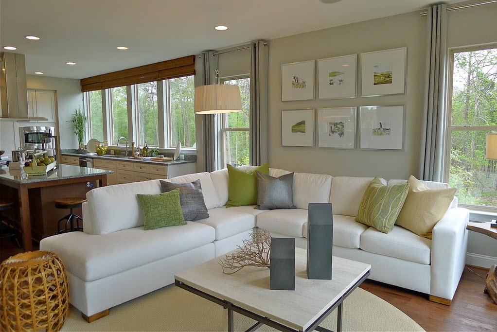 Ідеальне поєднання фарб картин і кольору м'яких меблів