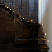 Темная лестница