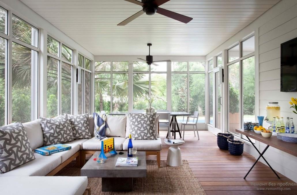 Дизайн интерьера закрытой веранды загородного дома фото