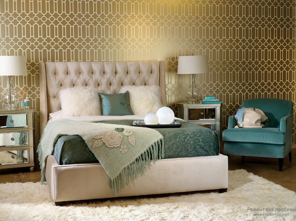 Спальня в золоте