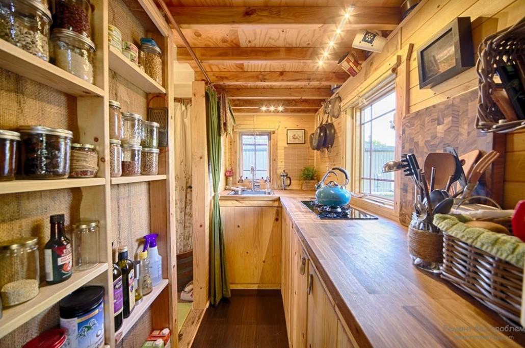 Как обустроить деревянный дом внутри своими руками