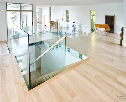 Большие стеклянные поверхности – характерная черта минимализма