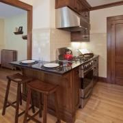 Маленькая угловая кухня №7
