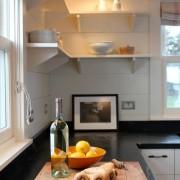 Маленькая угловая кухня №8