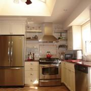 Угловая кухня в хрущевке №7