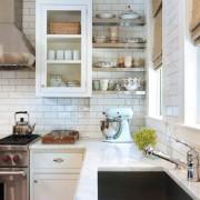 Маленькая угловая кухня №9