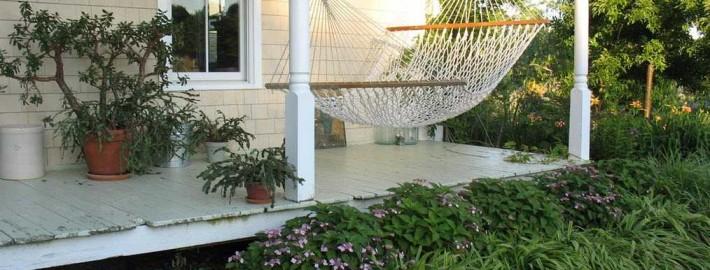 Гамак в дизайне интерьера – настоящая релаксация на дому!
