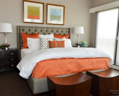 Оранжевый декор в спальне