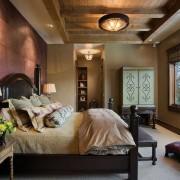 Психология фиолетового цвета в интерьере спальни