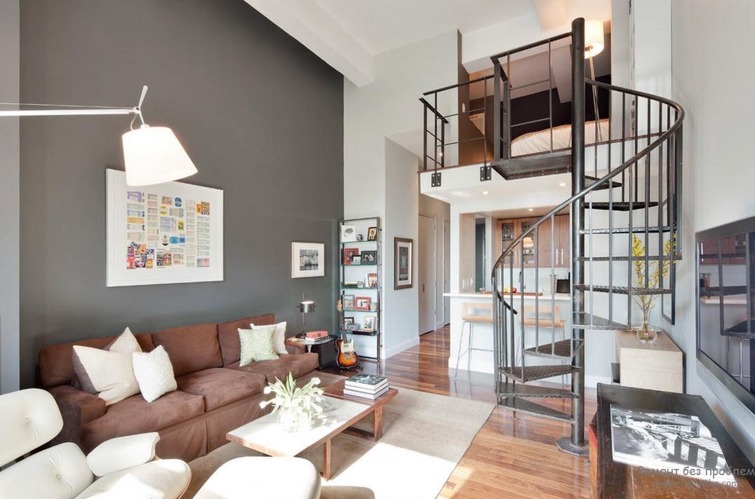 Серая гостиная в сочетании со светло-коричневым