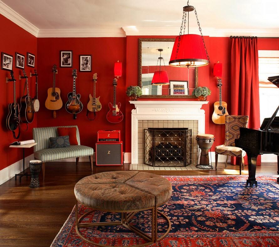 Красный цвет визуально расширяет гостиную