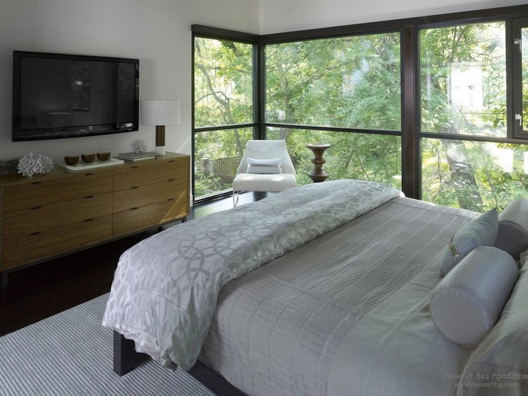 Эркер - яркое дополнение интерьера спальни