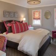 Женский дизайн розовой спальни