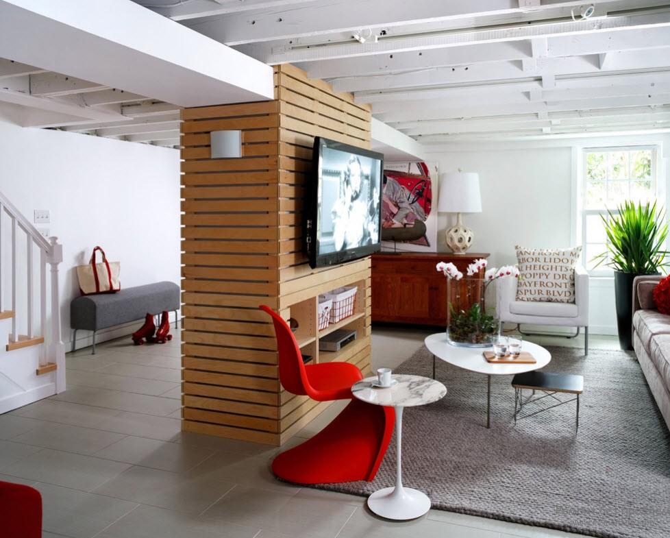 Современный дизайн интерьера с колонной