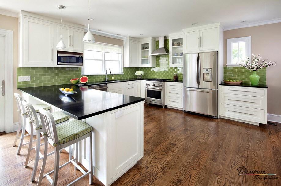Для кухни также выбираем спокойные тона зеленого