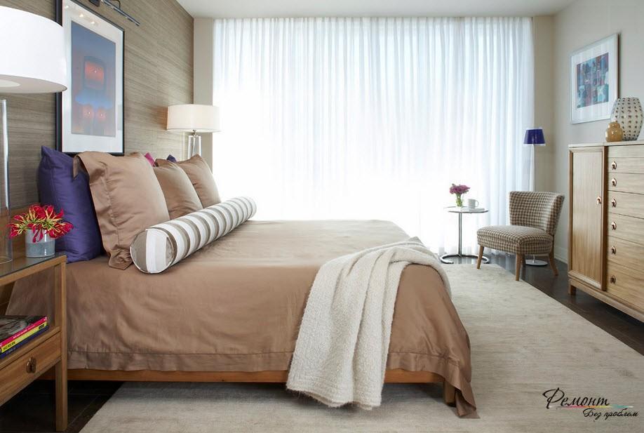 Мебель, обитая тисненой тканью