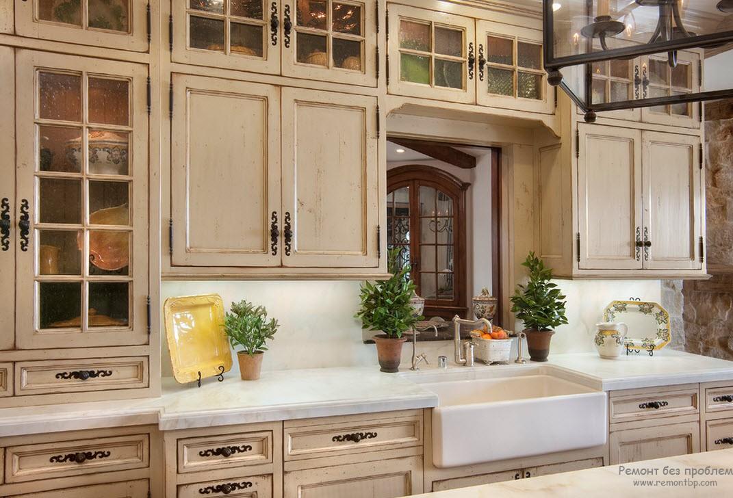Цветовая палитра на кухне