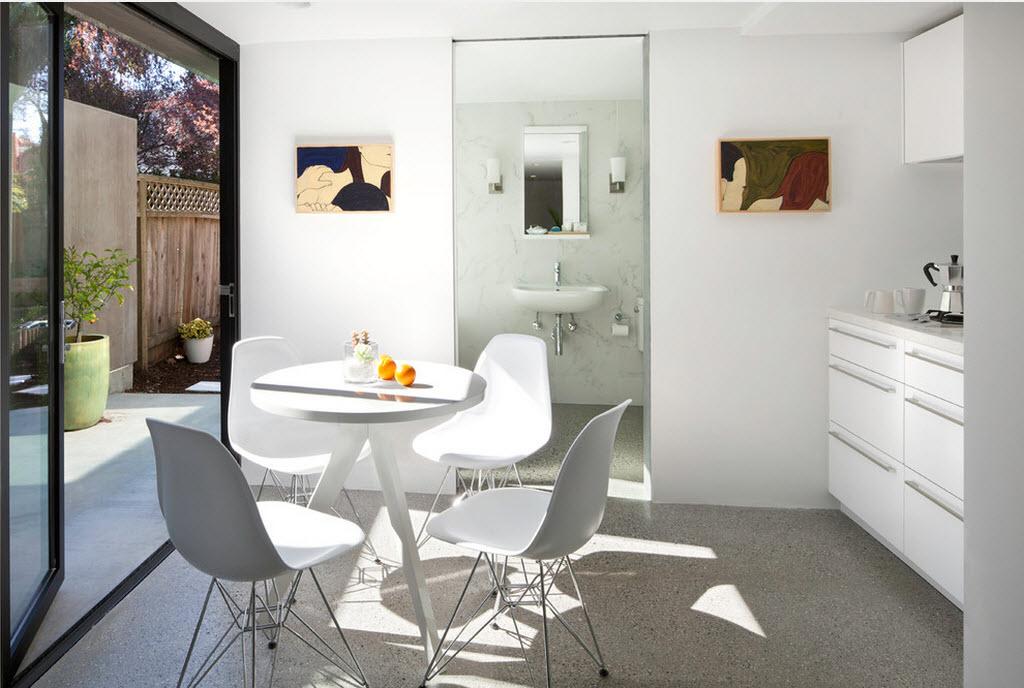 Стильный набор кухонной мебели