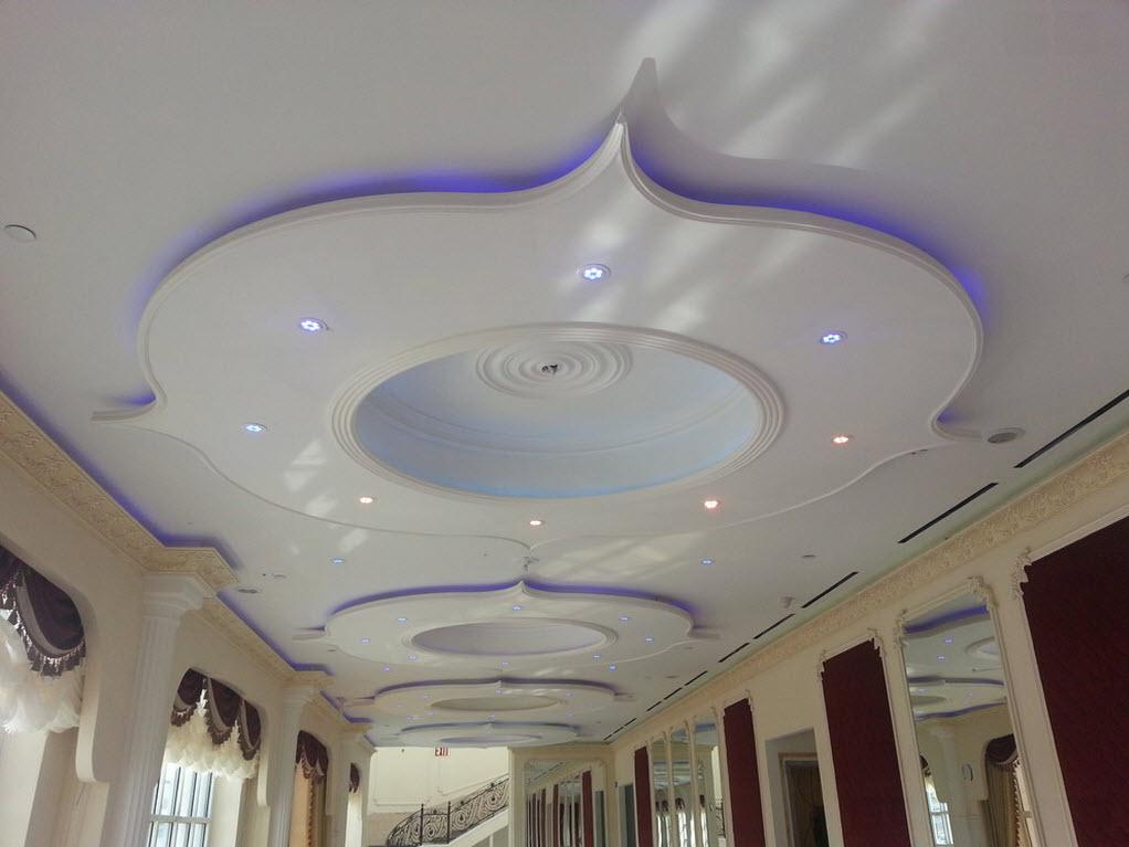 Точечное освещение со светодиодной голубой подсветкой