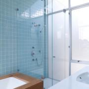 Бирюзовые мотивы для ванной комнаты