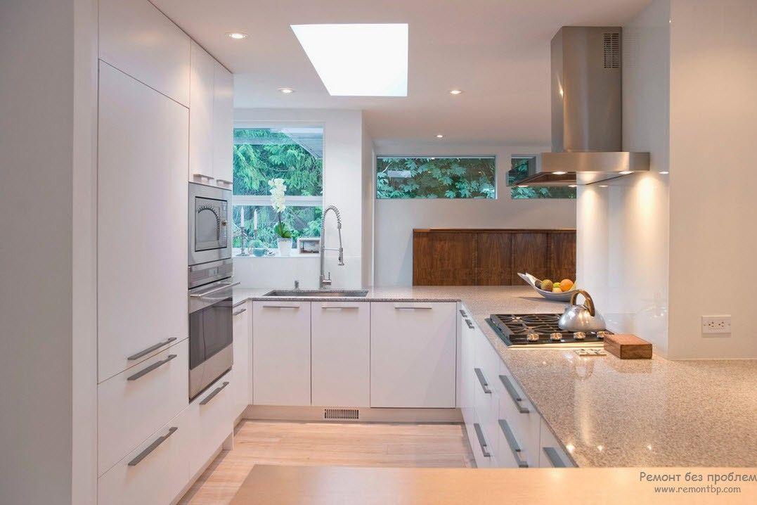 П-образный дизайн малогабаритной кухни